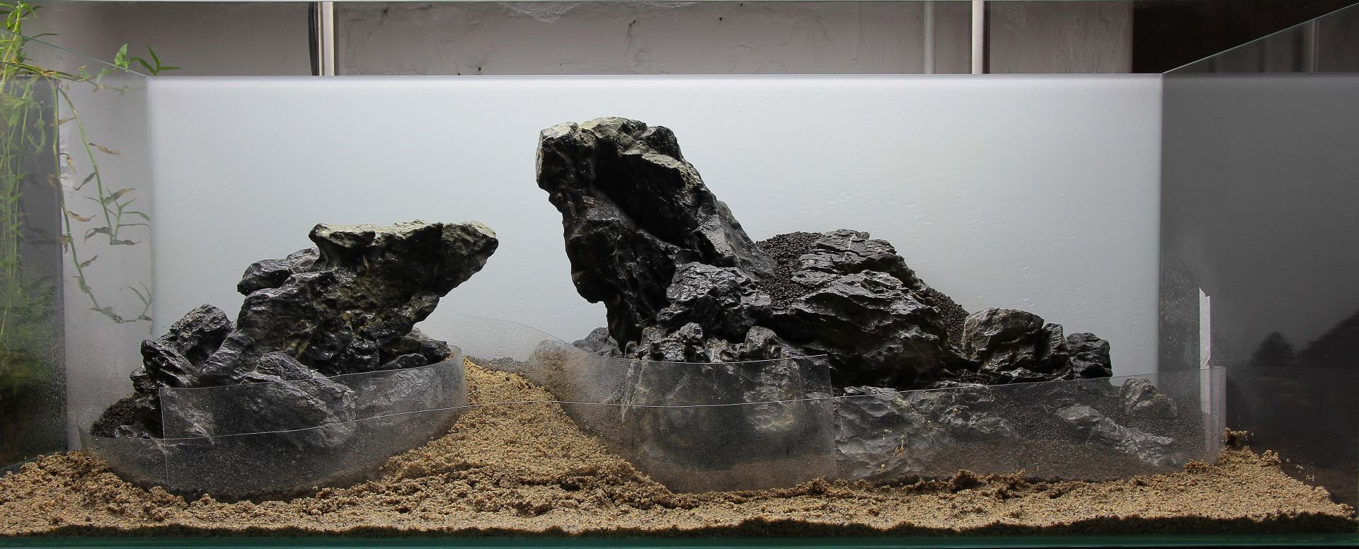 Building the substrate - Aquascaping Wiki | Aquasabi